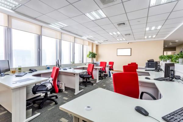Aménager les bureaux : un travail crucial après acquisition d'un nouveau local